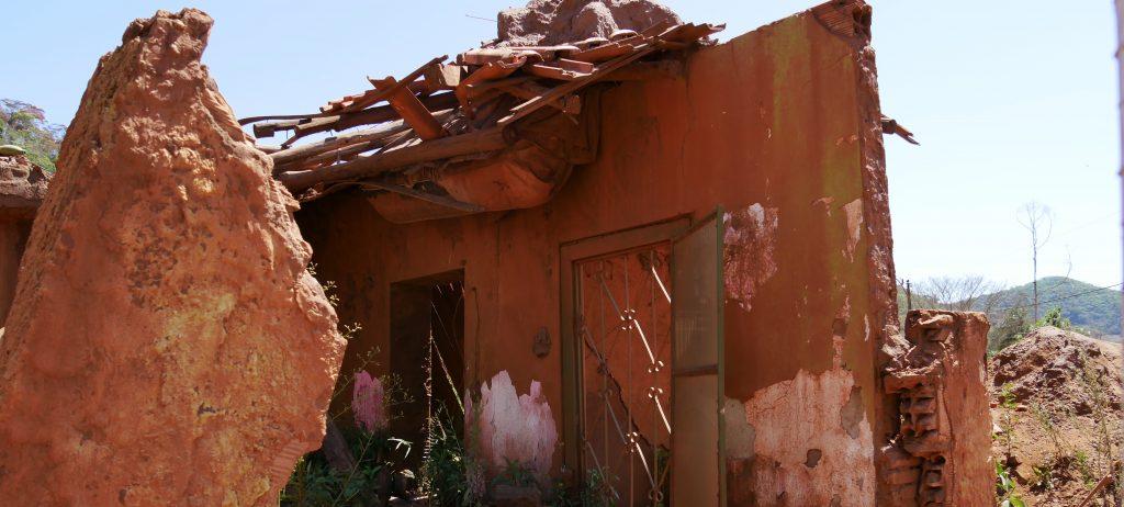 Ein zerstörtes Haus